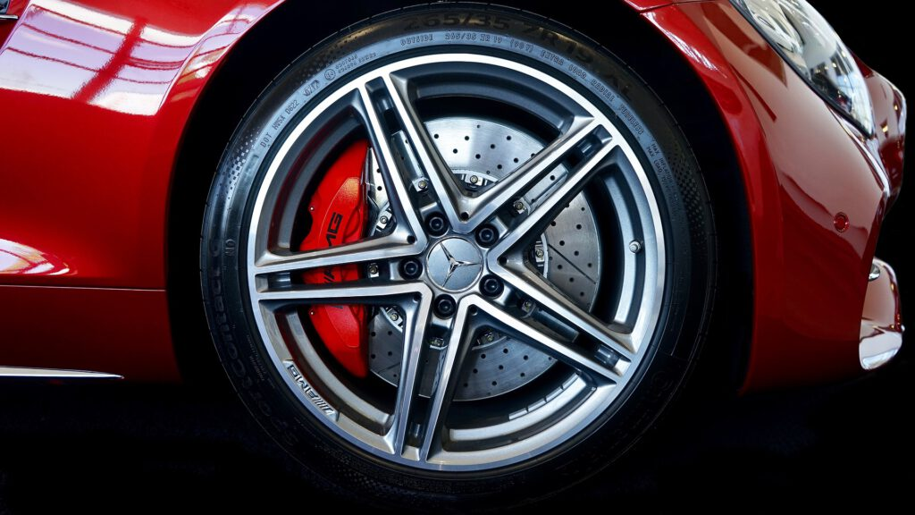 autohuolto ja rengasliike